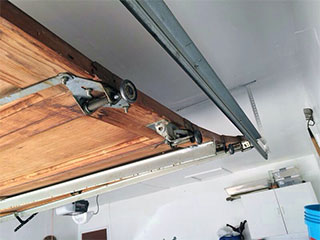 Garage Door Track and Roller Repair Services Nearby | Miami, FL